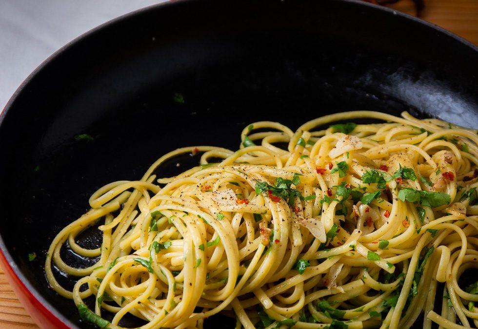 Spagetti aglio e olio – Pasta med hvitløk og olje