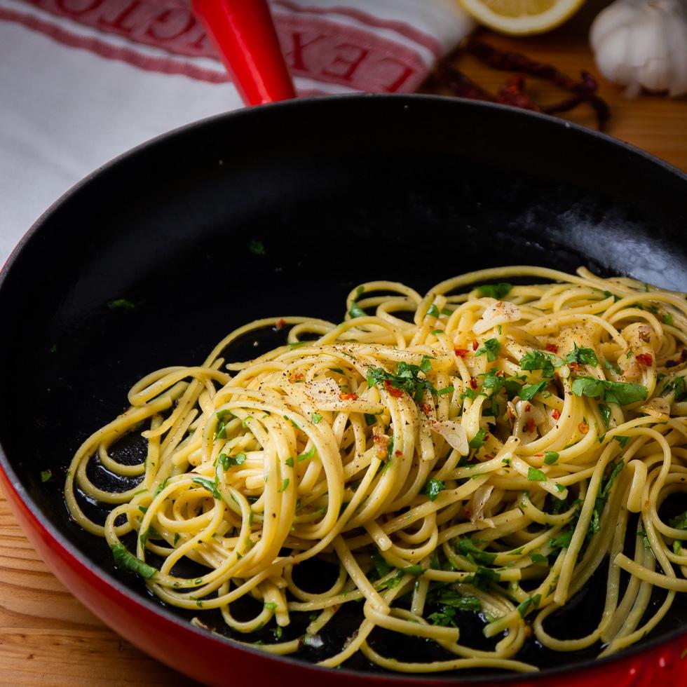 pasta med hvitløk
